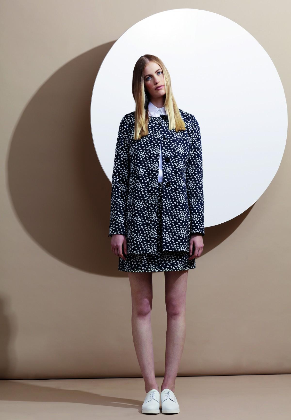 Trendiger Mantel mit Vogel-Muster / Mantel