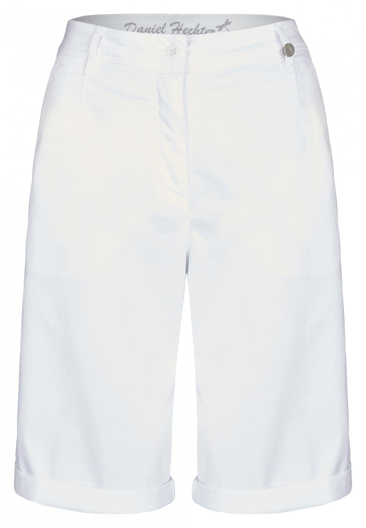 Sportive Bermuda / Casual Pants