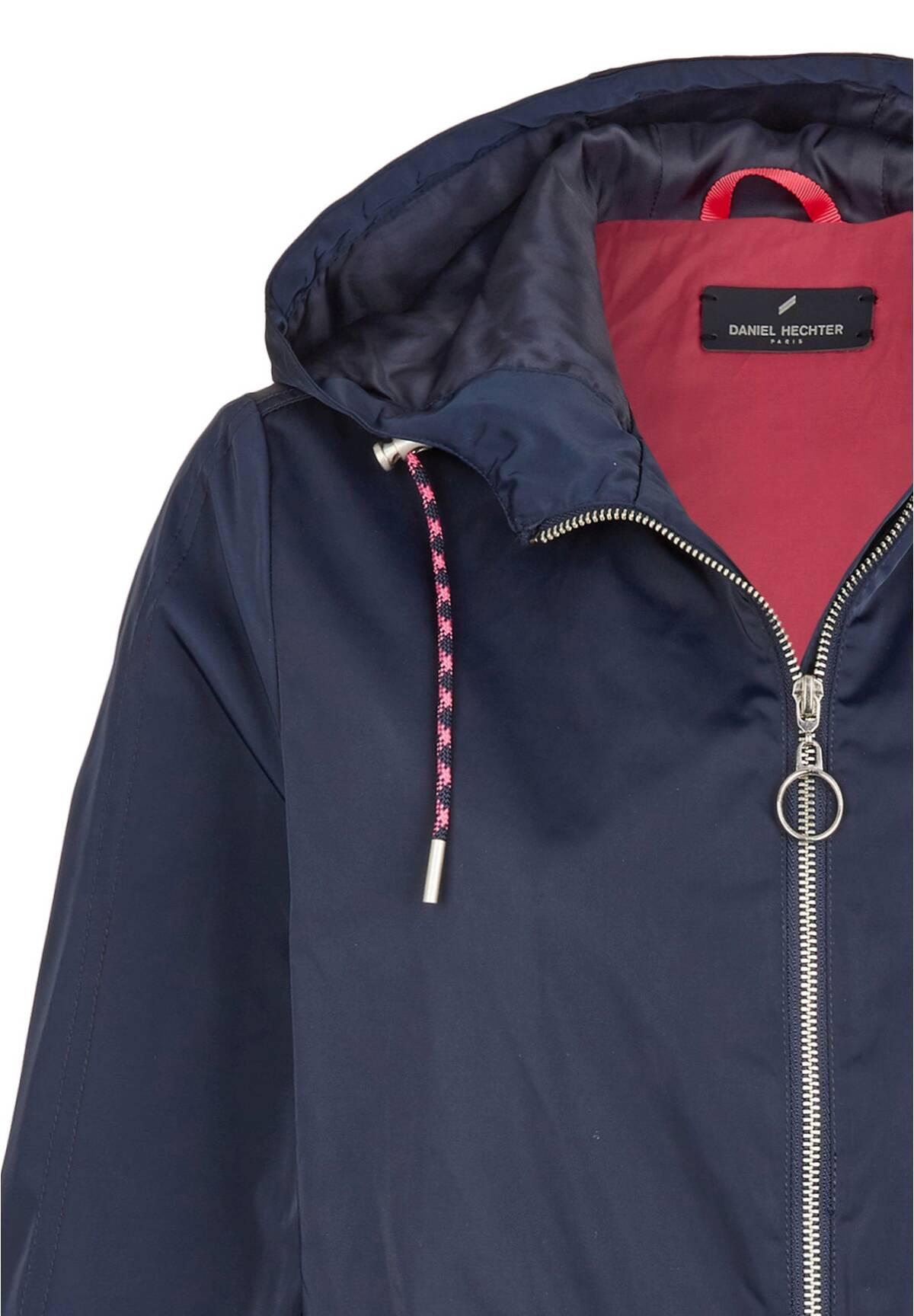 Manteau à capuche cintré /