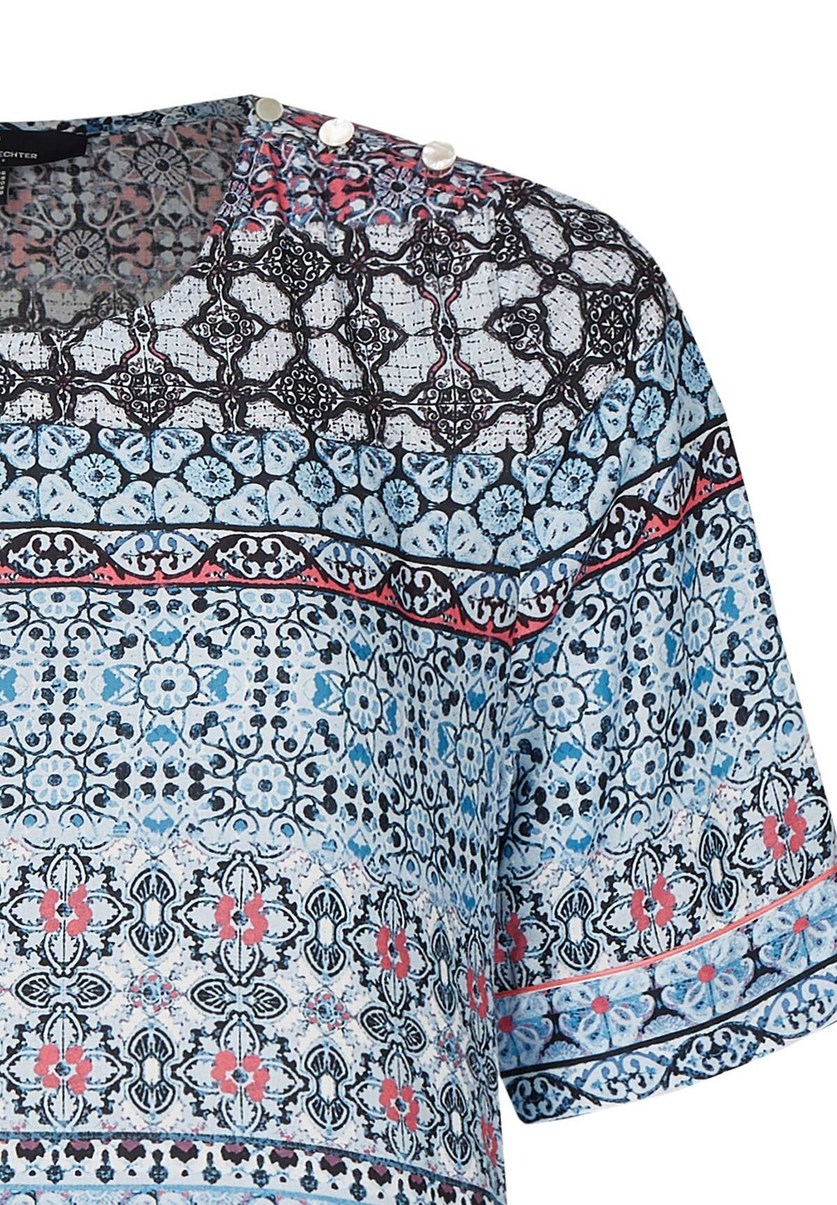Modische Bluse im grafischen Design / Shirt Blouse