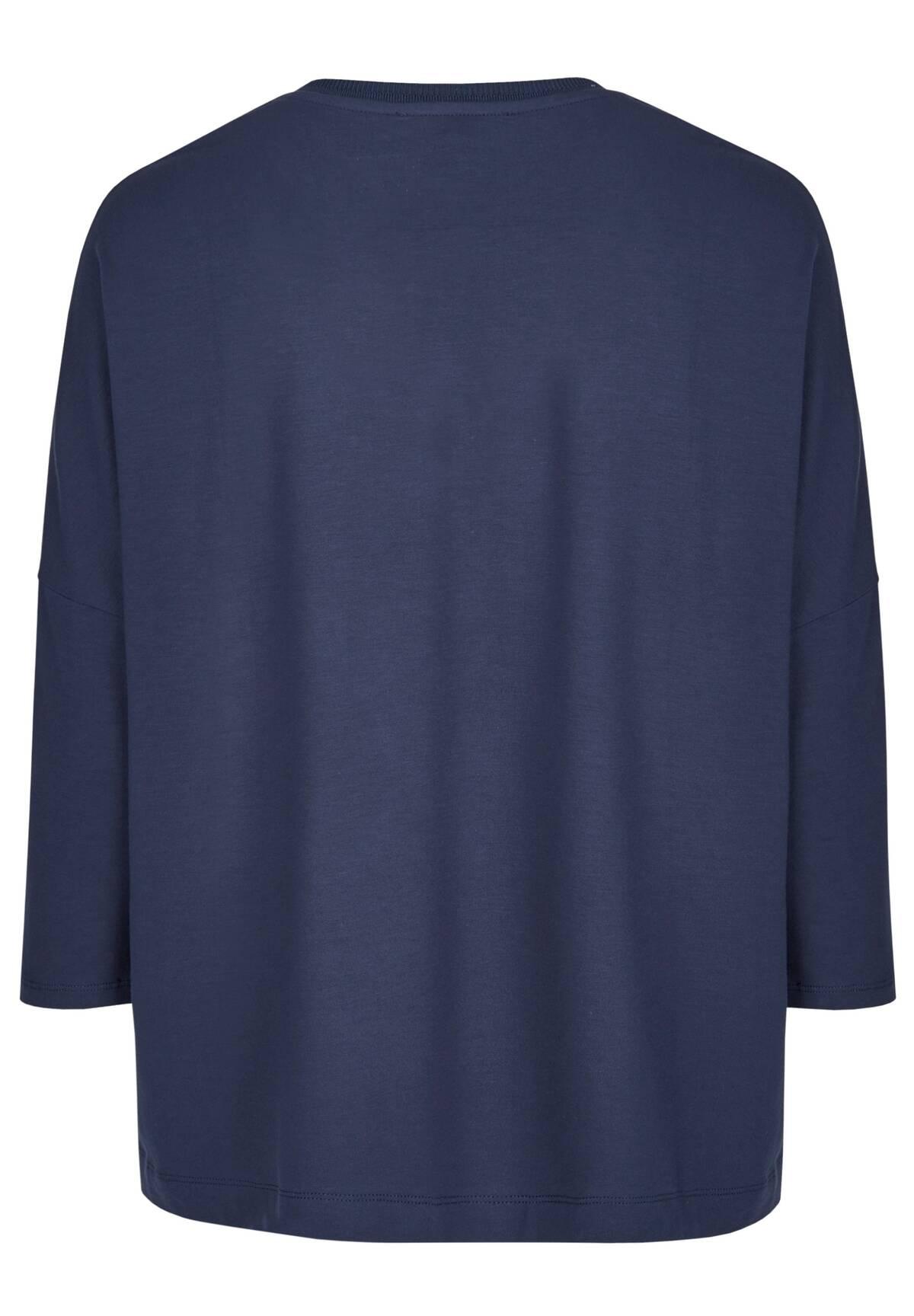Moderner Pullover / V-Neck Shirt